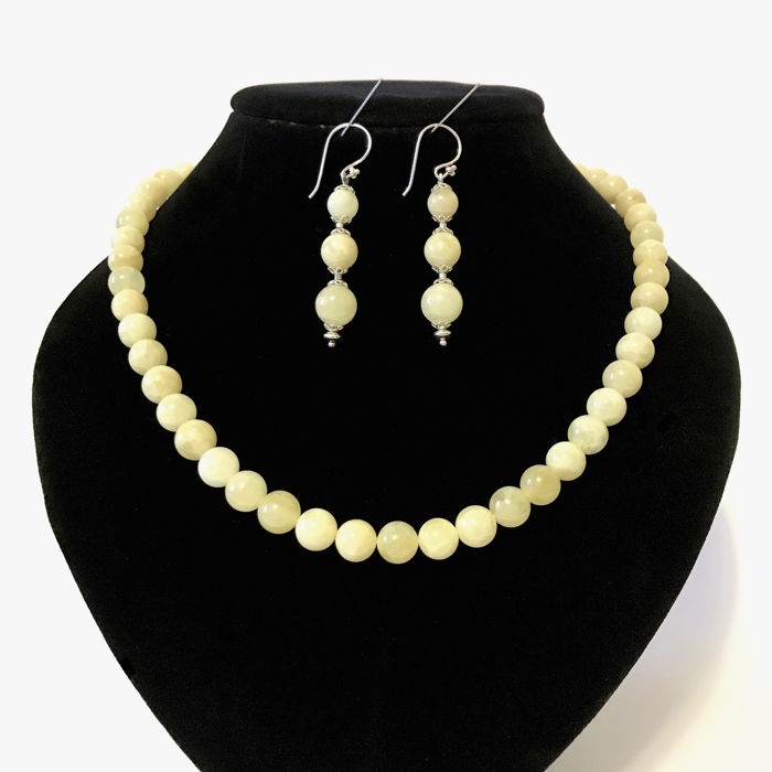 Classical necklace 48cm and silver earrings 55mm with white Baltic amber beads - 28 grams in total