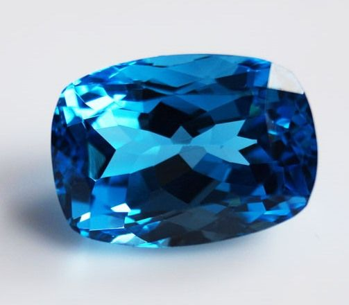 Topaz - Swiss Blue - 11.51 ct
