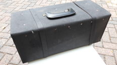 Original full saddle leather tool case. 50 X 21 X 21. Ca 1980.