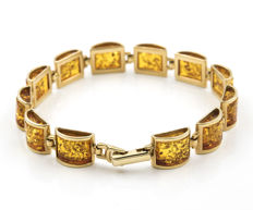 18 kt yellow gold – Bracelet with links – Amber – Bracelet width: 9.85 mm (approx.)