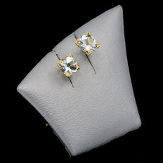 14k/575 yellow gold - Studs earrings with aquamarines - Gemstones weight, 0.84 ct.