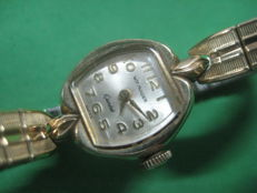 WITTNAUER women's watch with 10 carat gold plated armis Of the decade of the 30's