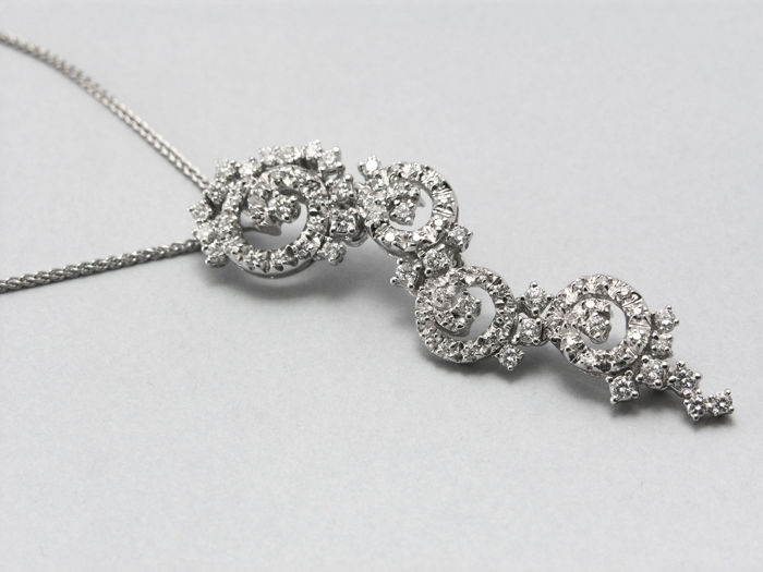 Recarlo - Necklace with pendant in 750/000 white gold with 0.75 ct in diamonds new with box and blank guarantee - 42 cm long