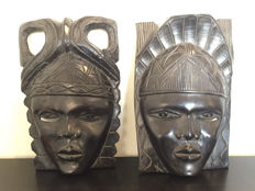 Set of two large and heavy ebony masks - wood carving - Africa - Tanzania - second half 20th century