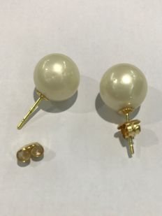 Earrings with Australian pearls and push back clasps in 18 kt gold