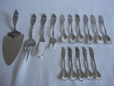 Georg Nilsson: Gero Silver Model 647 Kraanvogel: 15 pieces, cake server, 6 teaspoons, 5 small (lawyer) spoons, pie fork, meat fork, Butter knife