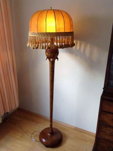 Floor lamp, partially gilded and partly beech wood, Italy, second half of the 20th century