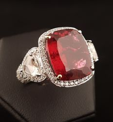 Ring with large rubellite and diamonds