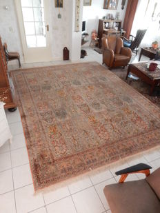 Hand-knotted oriental carpet - Silk, India - 364 x 280 cm - 2007