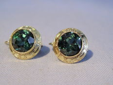 Victorian 14 kt gold earrings with tourmalines (synthetic) totalling 2.4 ct