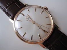 Omega Genève 18 kt solid gold — Calibre 601 — Men's watch — 1950s