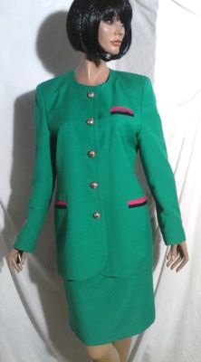 Yves Saint Laurent – Luminous green suit.