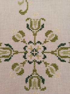 Linen tea tablecloth hand embroidered in shades of green - Italy.