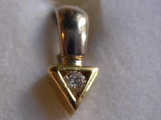 14 ct Gold pendant in two colours of gold (white and yellow) with a diamond, height 14.6 mm.
