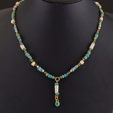 Necklace with Roman turquoise glass and shell beads - 50 cm