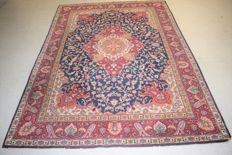 Excellent oriental carpet, Tabriz – first half of the 20th century, 220 x 160 cm -