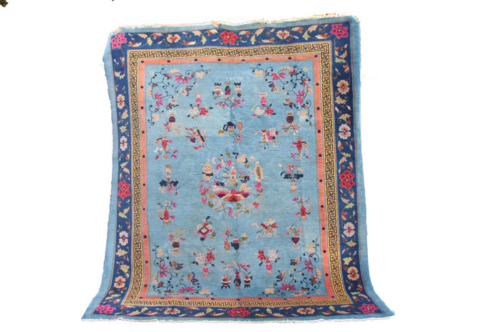 Attractive handmade wool Chinese carpet circa 1930 size 265cmx218cm (8.7'x6.2')