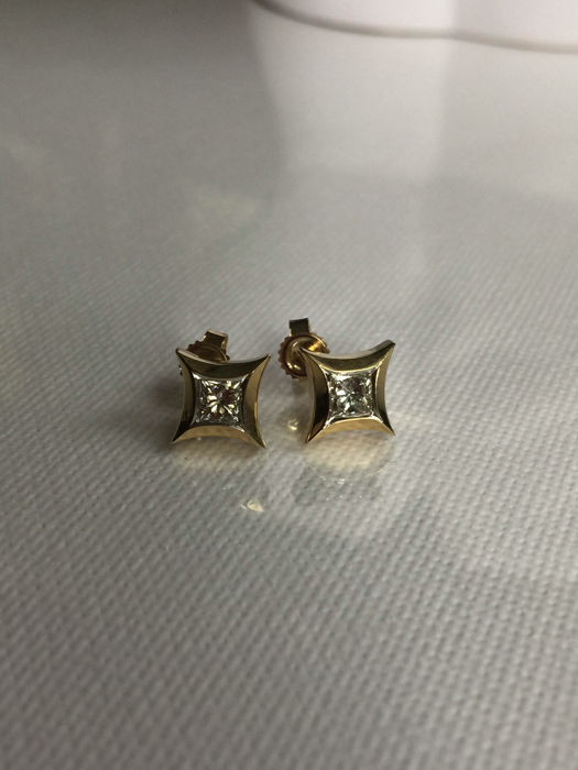 Earings with princess cut diamonds 0.50 ct