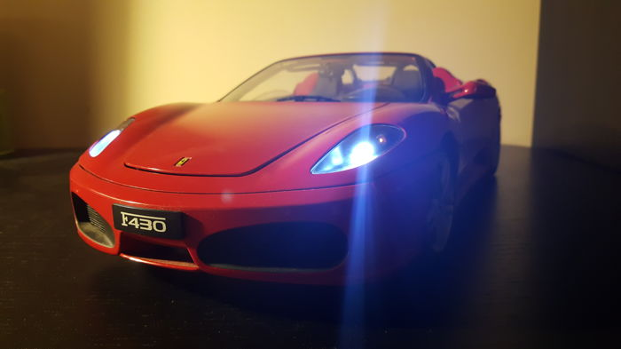Ferrari F430 spider model - 1/10 scale