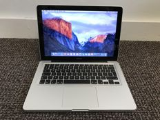 Apple MacBook 13 inch / 2,0GHz / 4GB / 250GB HDD