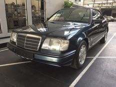 Mercedes-Benz E220 (R 124) descapotable - 1996