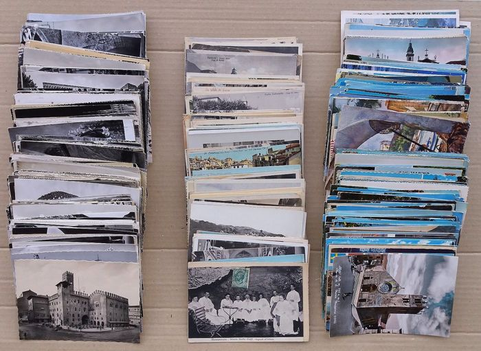 Lot of 500 Regional Italian postcards 1900/1980