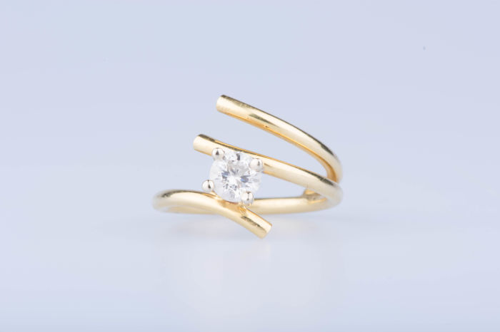 Ring in 18 kt yellow gold with diamond of approx. 0.55 ct - size 51.