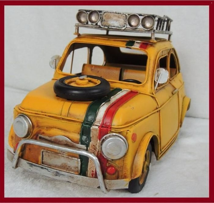 XXL Advertising Fiat 500 model for collectors made of metal - 31x 18 x16 cm - handmade toy - Italy -70s