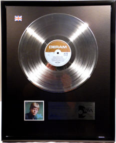 "David Bowie - David Bowie - 12"" UK platinum plated record by WWA Awards"