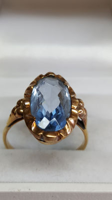 Yellow gold antique women's ring of 14 kt, set with aquamarine, no reserve