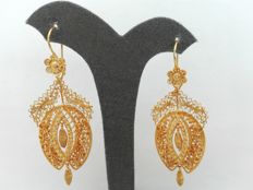 18 kt, 800/1000 gold earrings, hand-crafted Portuguese filigree – Weight: 14.8 g