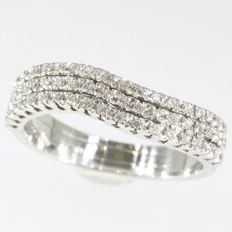 White gold inline ring with 57 brilliant cut diamonds - anno 1990