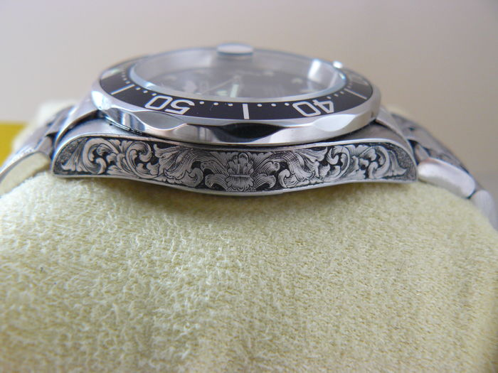 Invicta Pro Diver 8926 Hand Engraved By Artist Unique Piece - Catawiki 753c02a68bf