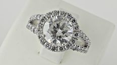3.14ct round diamond ring made of 14 kt white gold - size 8