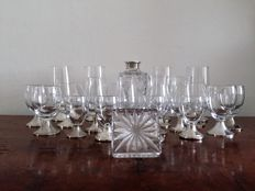Wine Decanter Silver Spiral Cut & Crystal glass with silver foot - 20 pieces