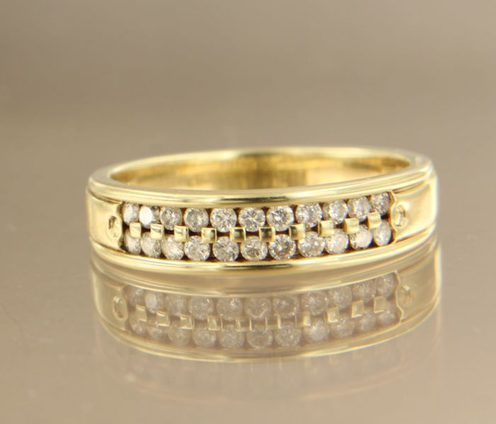 14 kt yellow gold ring set with 22 brilliant cut diamonds in total approx. 0.33 carat ring size 17 (53)