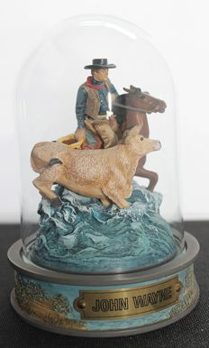 """Franklin Mint - character """"John Wayne, Round Up"""" - with glass dome"""