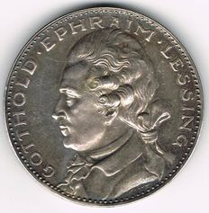 Weimar Republic - Silver Medal 1929 by Karl Goetz on the Occasion of the 200th Date of Birth of Gotthold Ephraim Lessing