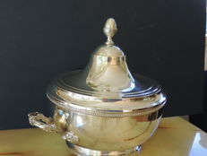 Accurately stylized heavily silver plated tureen, not stamped, period 1950 - 1965