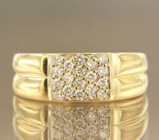 18 kt yellow gold ring set with 18 brilliant cut diamonds of approx. 036 ct in total, ring size 16.25 (51)