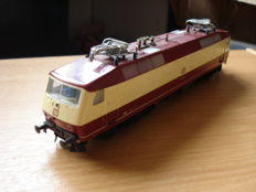 Fleischmann H0 - Electric Locomotive TEE BR 120 of the DB