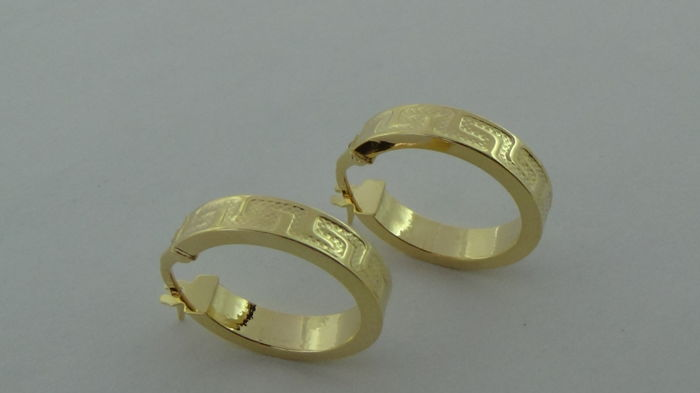 14 kt Gold Earrings – Diameter: 19.5 mm