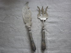 Serving utensils for fish, silver handles,