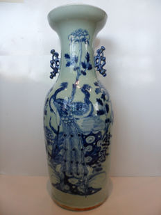 An impressive porcelain celadon vase decorated with peacocks and flowers – China – late 19th century