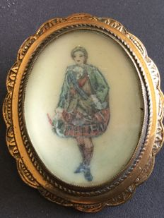 Ladies Brooch with Scottish Highland Dancer