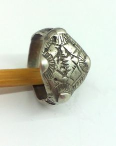 Early medieval silver ring of the Viking, decorated, 18 mm 7,34 gr