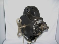 Vintage Bell Howell Filmo & Automatic Cine Camera (70A?)