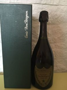 1982 Dom Perignon Vintage Brut - 1 bottle (0.75L) with original box