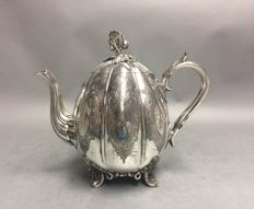 Beautiful antique tea pot with floral decoration in base relief, David Bingham, England, ca 1860