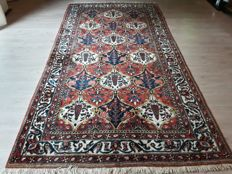 Very Beautiful Hand-knotted Persian - Shalishadorian Bakhtyar !  With certificate! 316cm x 163cm